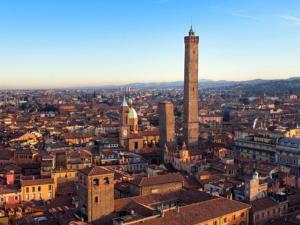 Bologna Villa Sleeps 4 WiFi - AbcAlberghi.com