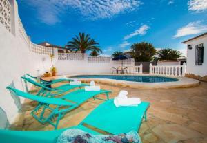 Casas de Torrat Villa Sleeps 6 Pool Air Con WiFi