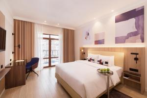 Courtyard by Marriott Sochi Krasnaya Polyana - Hotel - Estosadok