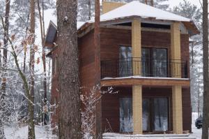 Гостевой дом Коттедж на озере, Пинск