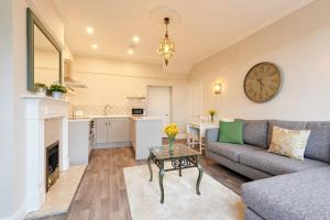 Clifton Court - Your Apartment