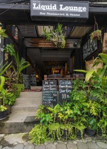 Liquid Lounge bar & hostel - Koh Samui