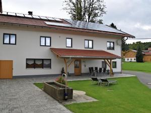 Ferienwohnung Wiesing - Kieslau
