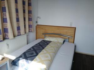 Möbliertes Zimmer mit eigenes Bad in Forchheim Reuth - Ebermannstadt