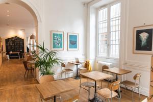 Away Hostel & Coffee Shop (12 of 55)