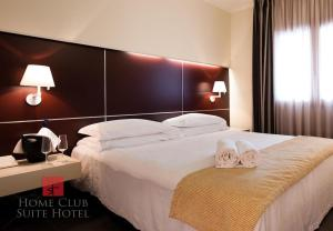 Auberges de jeunesse - Home Club Suite Hotel