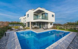 Luxury Villa Luce with Sauna and Whirpool