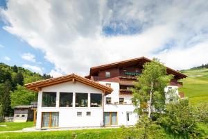 Accommodation in Curaglia