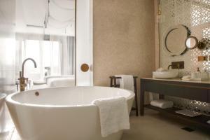 Jumeirah at Saadiyat Island Resort (10 of 33)