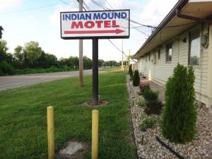 Indian Mound Motel - Accommodation - Fairmont City