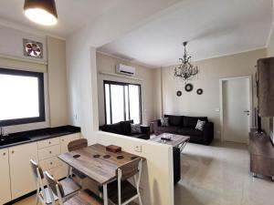 West House Apartments-Mar Mikhael