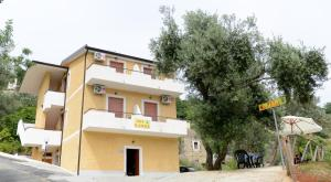 Il Casale, Bed and Breakfasts  Maierà - big - 11