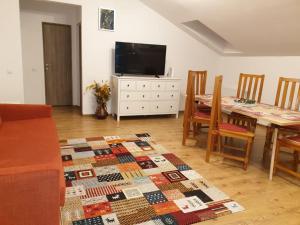 Lenz Apartment Predeal