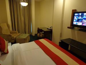 Hotel Aura, Отели  Нью-Дели - big - 44