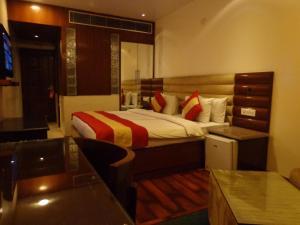 Hotel Aura, Отели  Нью-Дели - big - 64