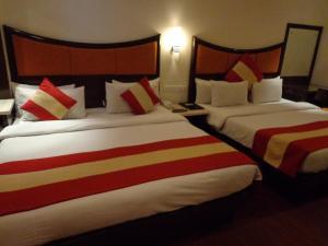 Hotel Aura, Отели  Нью-Дели - big - 69