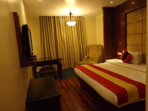 Hotel Aura, Отели  Нью-Дели - big - 72