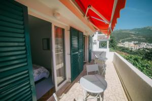 Lux Apartments Nadja, Apartmanok  Budva - big - 8