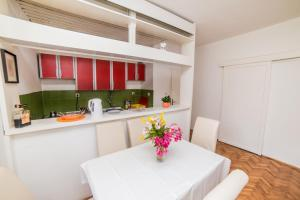 Lux Apartments Nadja, Apartmanok  Budva - big - 41