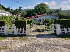 2 bedroom 2 bath ocho rios - Roscommon