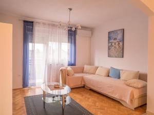 Apartman J & M - Hotel - Dražice