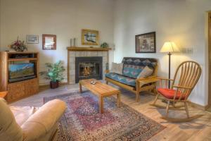 . Hillside Condo Ferringway Durango