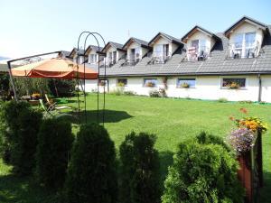 Pensjonat Tajemniczy Ogród - Hotel - Frydman