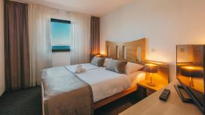 Comfort Double Room with Sea View Hotel Jadran