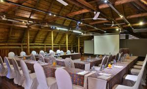 Victoria Falls Safari Lodge (4 of 44)
