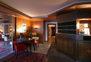 Hôtel de la Forêt - Hotel - Crans-Montana