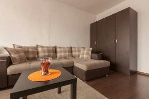Уютная квартира около станции метро Козья Слобода