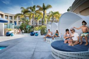 Balboa Bay Resort (8 of 36)