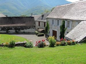 Accommodation in Buzan