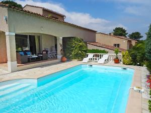 Holiday Home Domaine de Saint Martin, Holiday homes - Grimaud