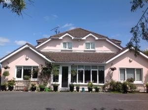 Bearna Rua B&B, Bed & Breakfasts  Citywest - big - 20