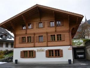 Mutthorn - Hotel - Lauenen