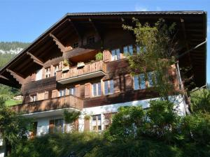 Akelei (gross) - Apartment - Zweisimmen
