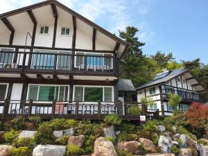 Tongyeong Yehyang Pension