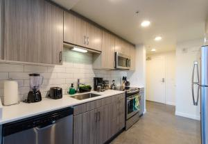Urban 20 FT Two Level Loft, Apartmány  Los Angeles - big - 4