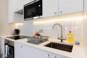 Stylish and Modern 2 Bed apt in Queens Park, Apartmány  Londýn - big - 21