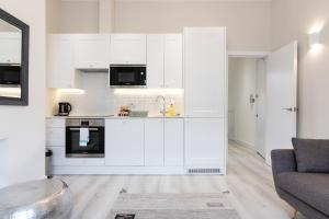 Stylish and Modern 2 Bed apt in Queens Park, Apartmány  Londýn - big - 13
