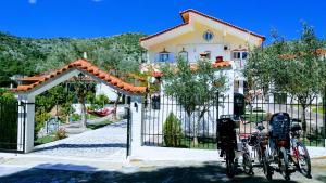 Family Villas Kanakia Home-100m² Garden-500m²