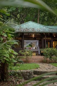 Latitude 10 Resort (6 of 56)