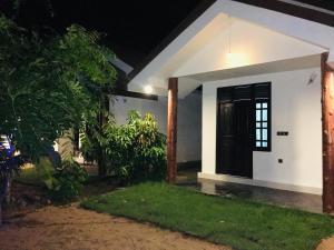 Mountview Hotel Arugambay - Mahakalugolla