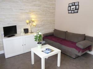 Apartment Ty Cancalais