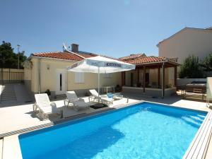 Holiday Home Vila Sara
