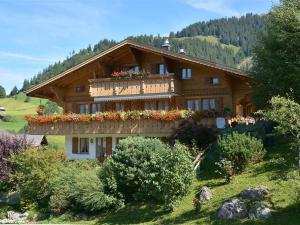 Alegria (Parterre) - Apartment - Gstaad