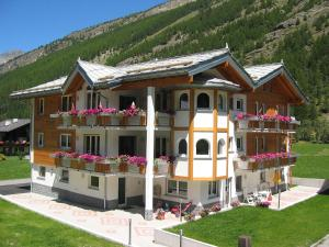 Haus Alpenstern, Wohnung Distel - Apartment - Saas-Fee