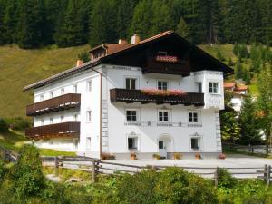 Apartment Fliana.1 - Mathon