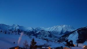 Rés. Ours Blanc Alpe d\'Huez 942